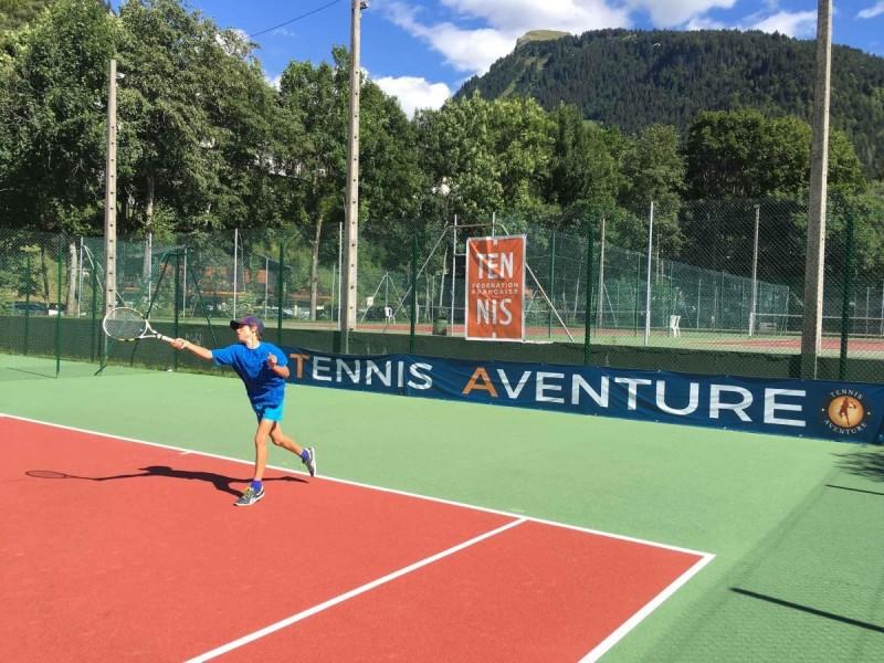 Morzine teens tennis courses (12-18 y/o) - 3hr/day
