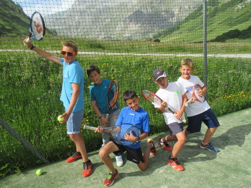 Val d'Isère teens tennis course (11-18 y/o) - 1hr30/day