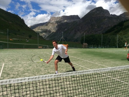 Val d'Isère adults tennis...